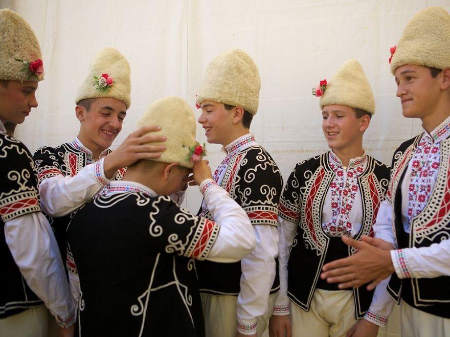Bulgarian - хахахаха