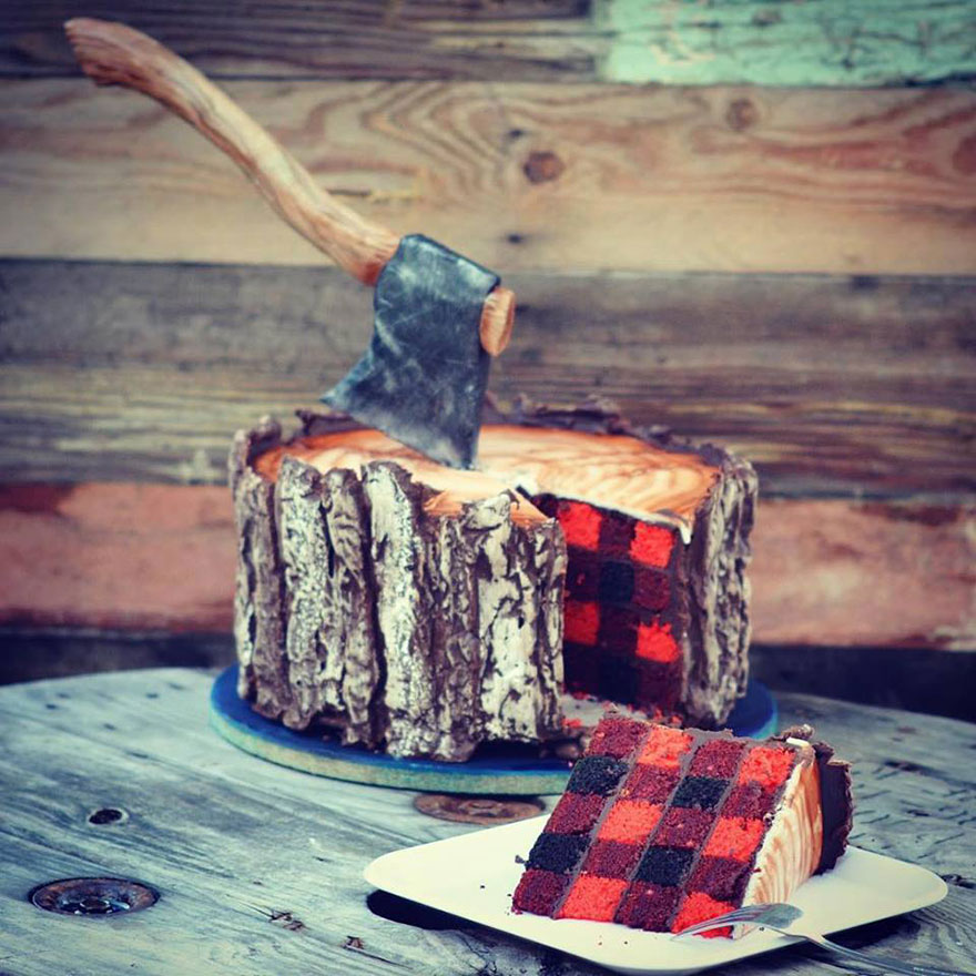 lumberjack-tree-trunk-cake-axe-sugar-geek-show-10
