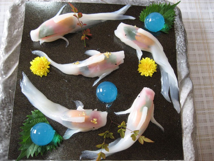 real-life-swimming-koi-sushi-13