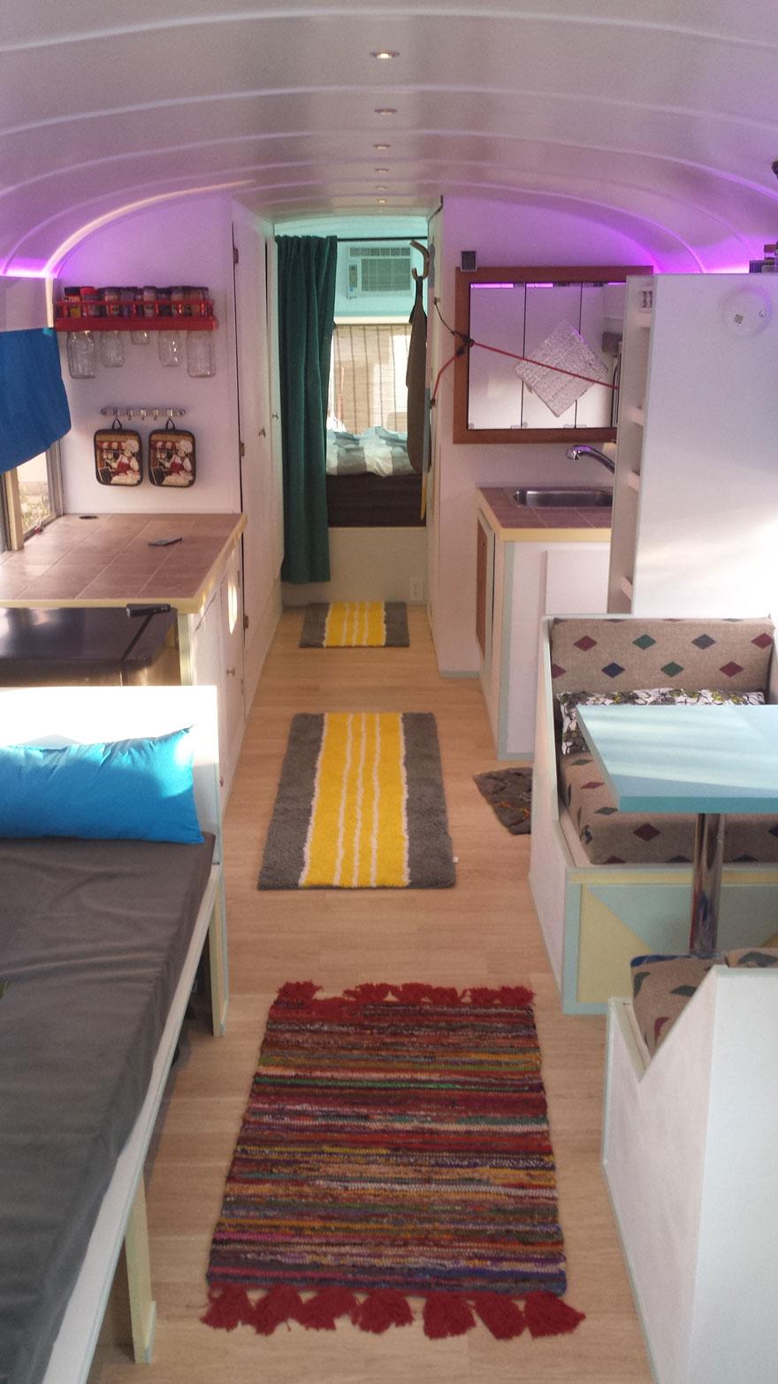 school-bus-dream-home-motor-patrick-schmidt-41
