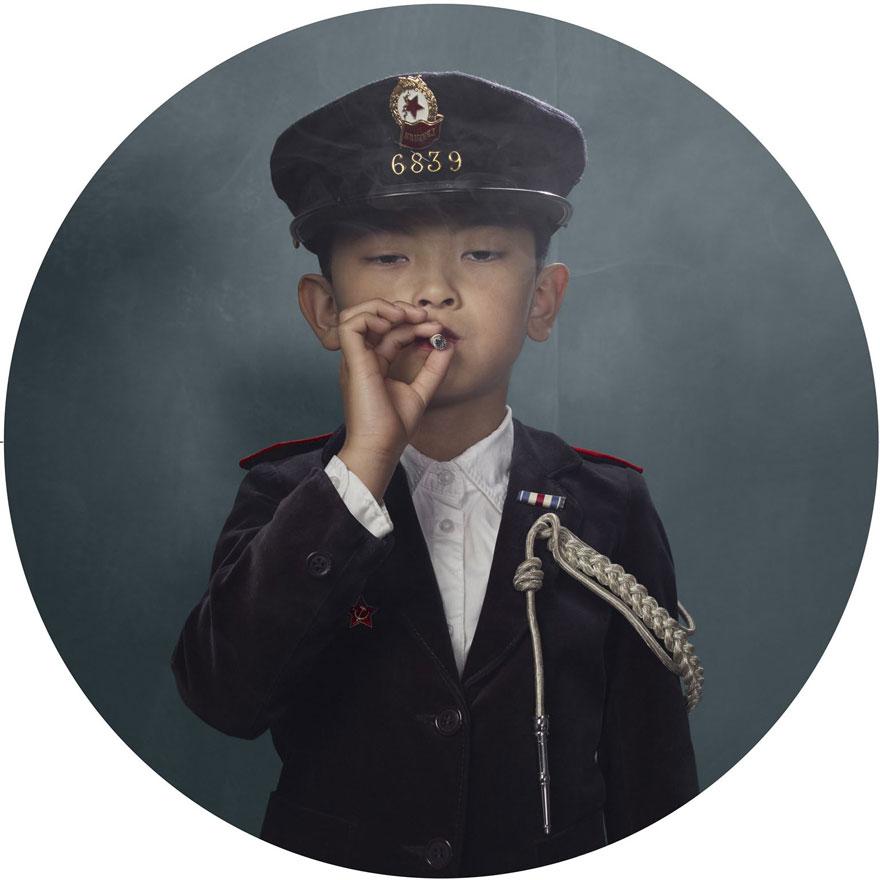 smoking-children-frieke-janssens-16