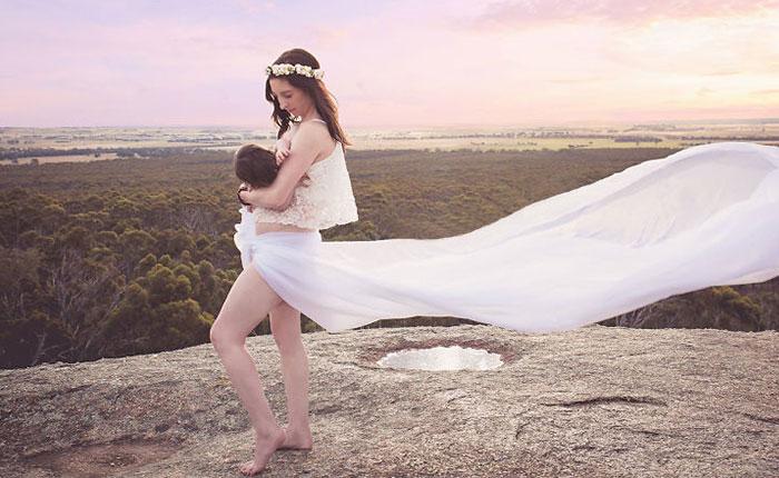 Australian Project Raises Awareness Of The Beauty Of Breastfeeding