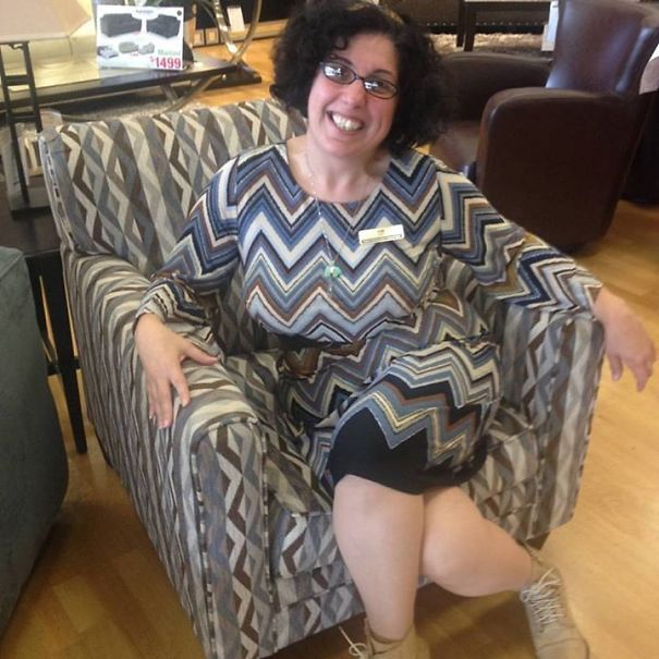 I Match The Chair!