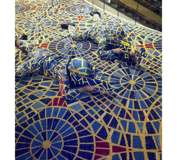 Dragon Con Carpet Cosplayers