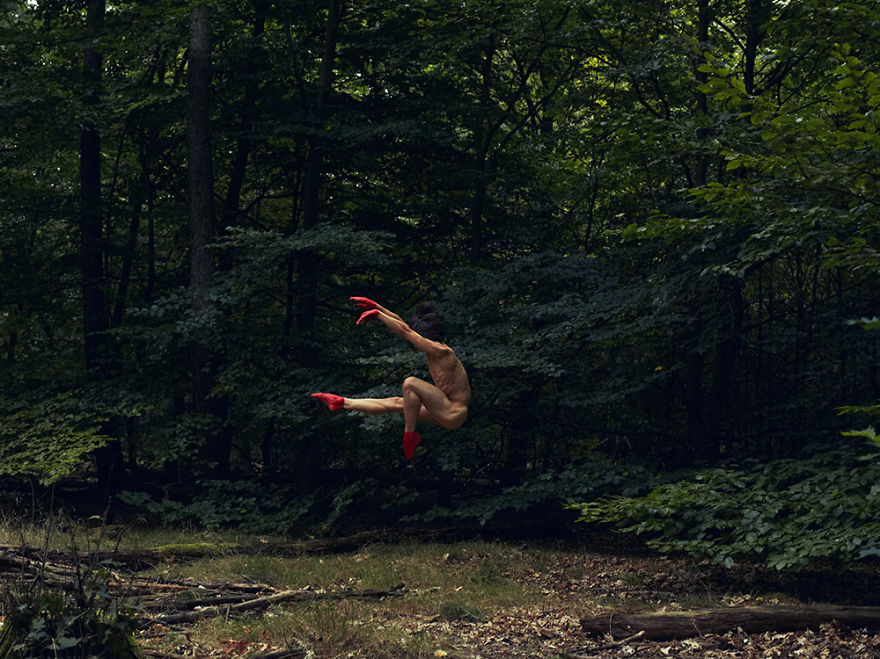 This Swedish Photographer Captures Mindblowing Images Of
