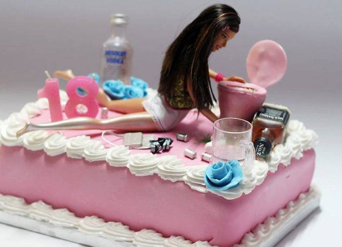 Being A Cake Sculptor: I'm Asked To Make Everything From Drunk Barbie To Game Of Thrones Meets