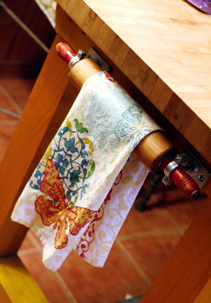Vintage Rolling Pin Towel Rack