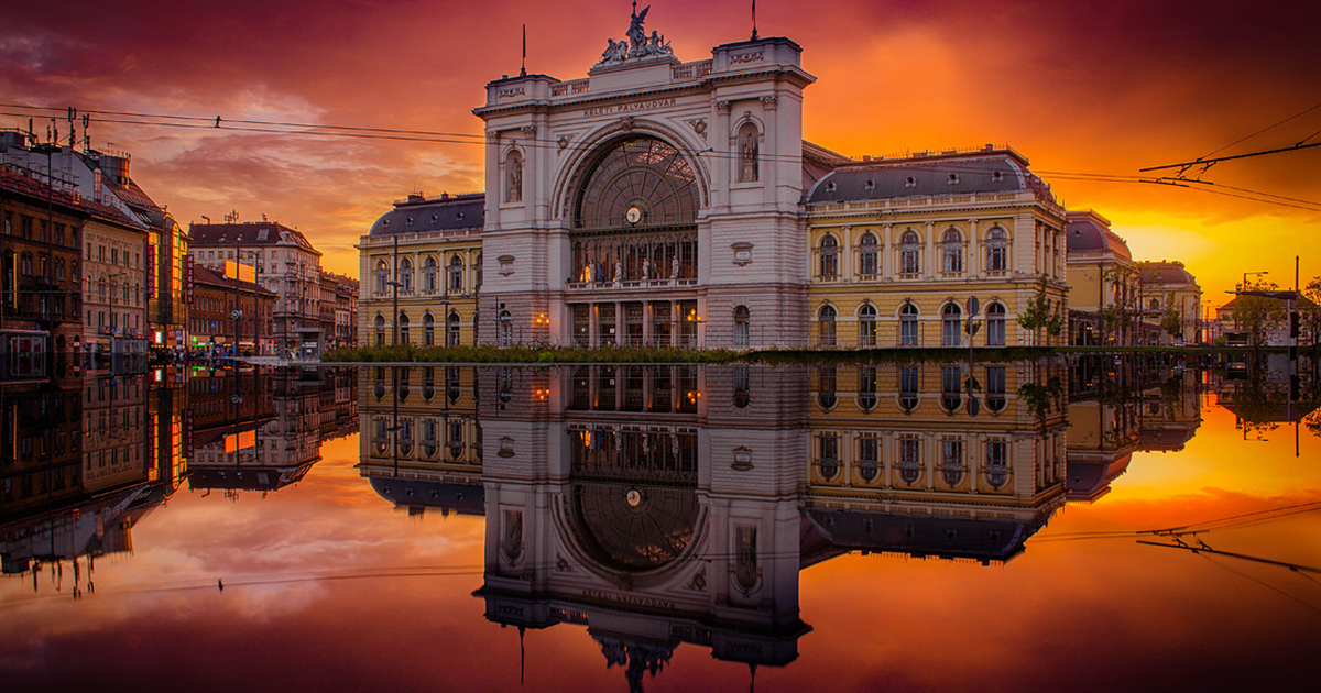 I've Spent 5 Years Hunting For The Perfect Lights To Show The Real Beauty Of Budapest