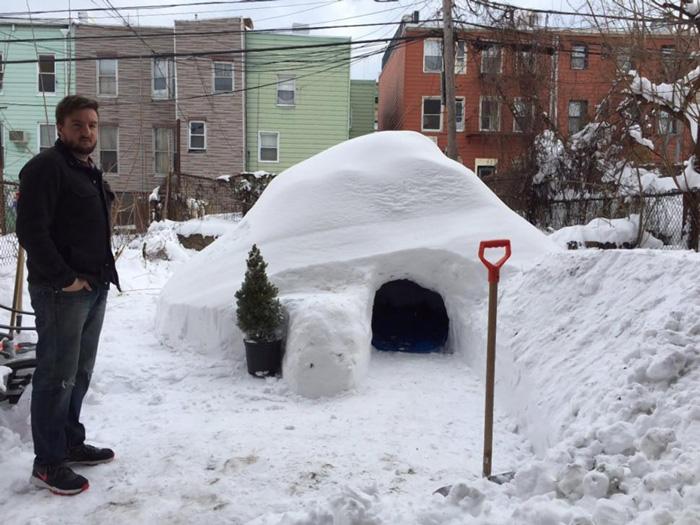 igloo-airbnb-new-york-brooklyn-patrick-horton-8