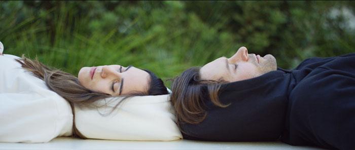 inflatable-sleep-hoodie-hypnos-27