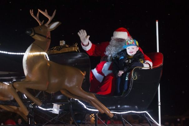 St. George, Ontario Celebrates Christmas Early For 7 Year Old Boy With Terminal Braion Cancer.