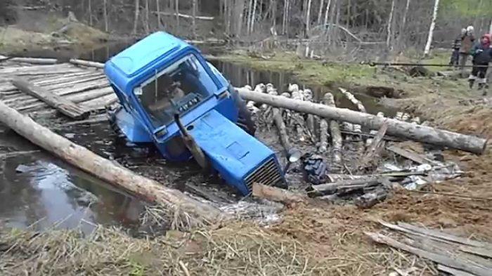 Northern Roads – Bog Mess: Machines Vs Nature