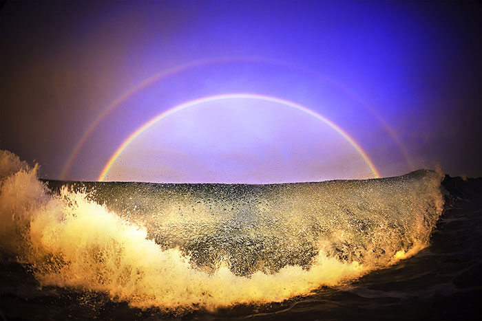 Experience The Natural Beauty And Power Of The Ocean Through These Impressive Images