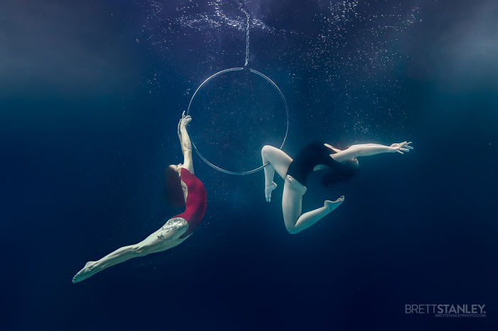 These Underwater Photos Of Circus Performers Will Blow Your Mind