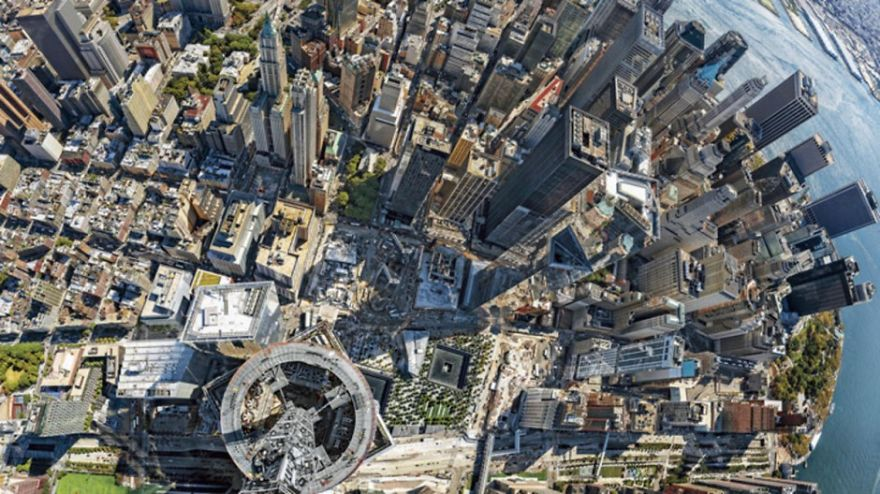 10 Dizzying Photos From The Top Of The World's Tallest Skyscrapers