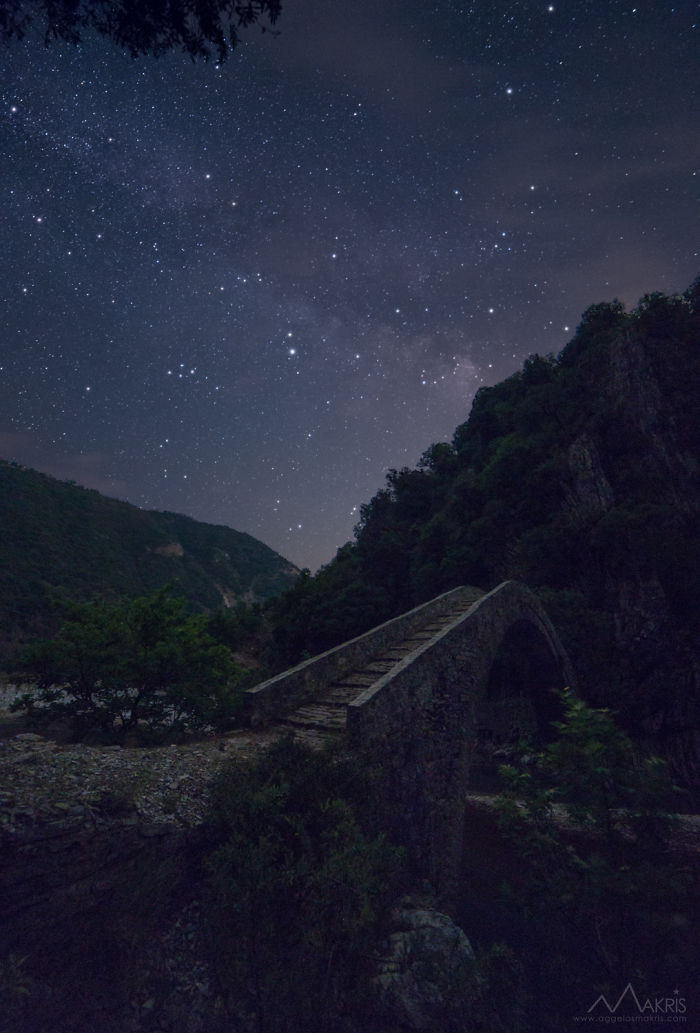 I Spent 2 Years Sleeping Under Greek Skies To Capture Beauty Of The Night