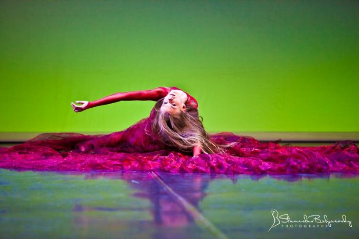 And Not Everything In Ballet Is About Being On Pointes (photo Of Kelly Mobey)