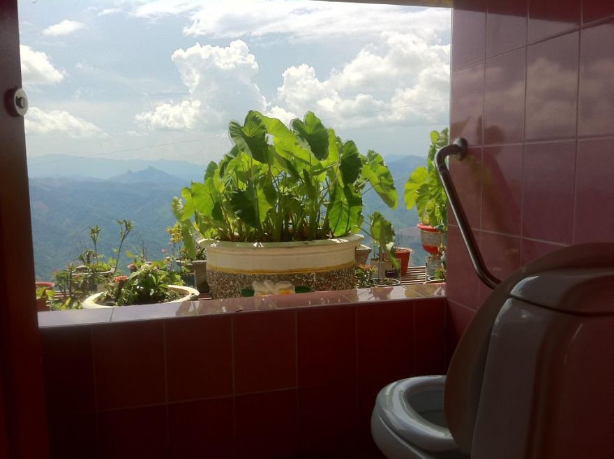 Lao Loo With A View, Laos