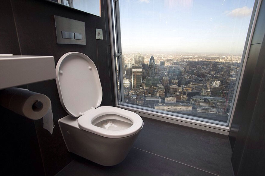 Toilet On The 68th Floor Of The Shard, London