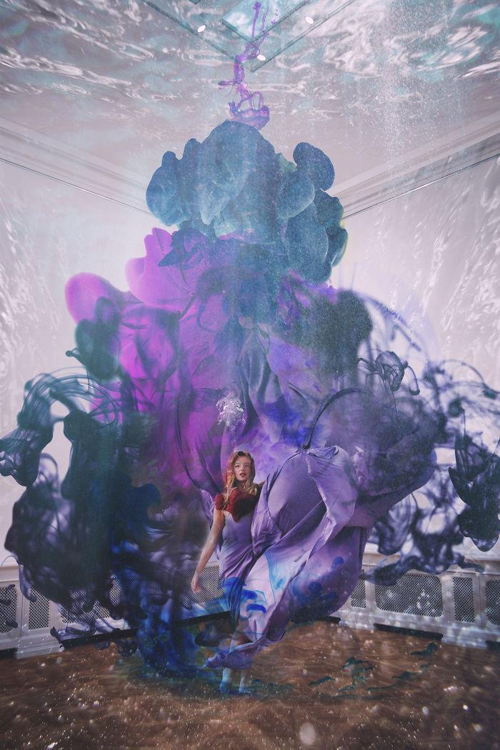 Artist Annija Veldre Creates Beautiful Underwater Self Portraits In An Empty Art Museum