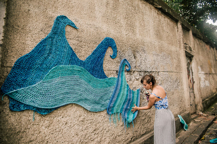 Crochet + Graffiti: I Cover Sao Paulo's Streets In Yarn