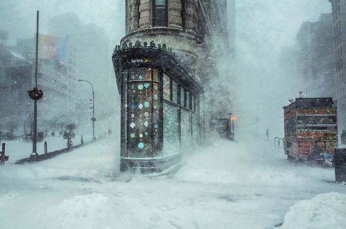 This Photograph Of The Nyc Winter Storm Looks Like An Impressionist Painting