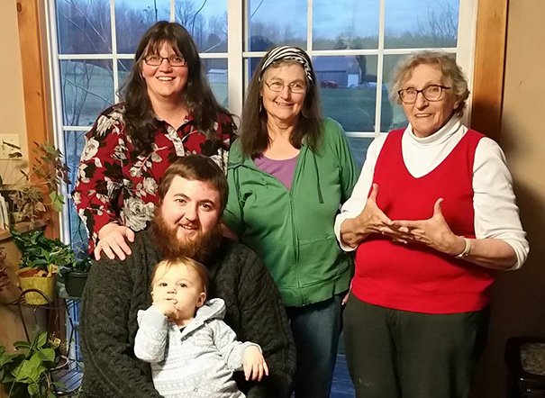 Here's My Five Generation Family Photo