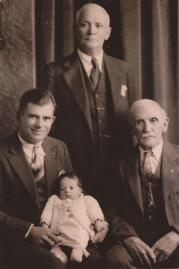 "My Mom Just Showed Me This Picture Of ""4 Generations,"" Taken In 1933. My Grandpa Is The Baby"