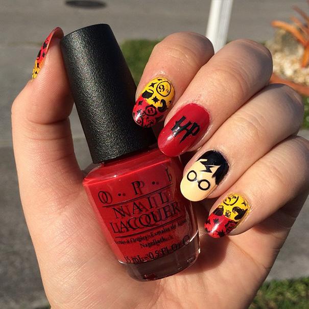 Harry Potter Nails Art
