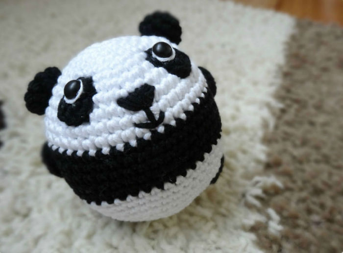 I Crocheted This Panda To Prove That Crocheting Is Easy