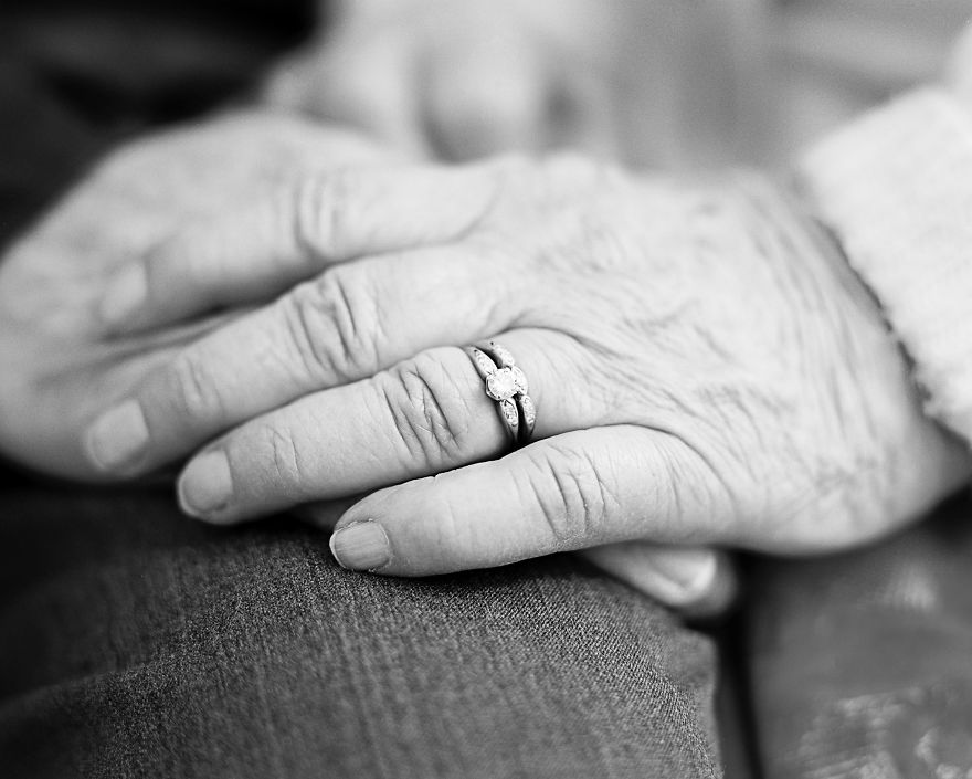I Documented 609 Years Of Love Stories That Grow Better With Age