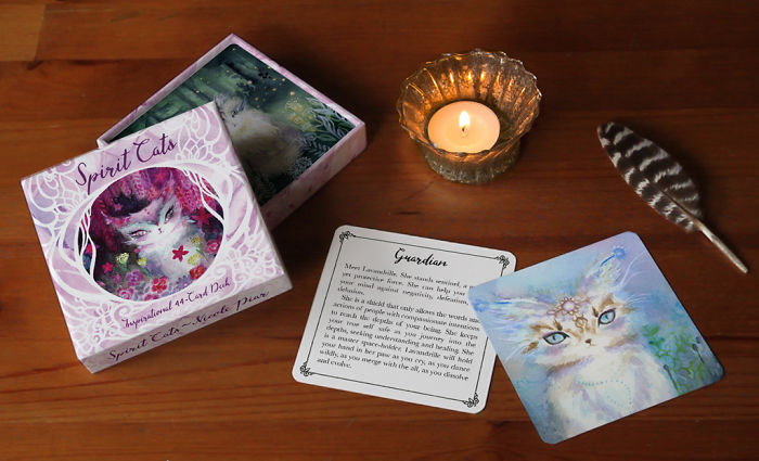 I Paint Magical Cats And Record Their Unique Healing Messages