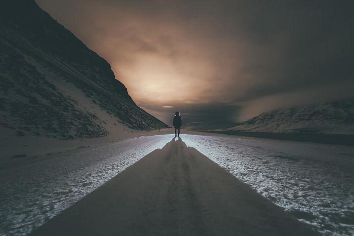 I Photographed Beautifully Gloomy Iceland During Winter