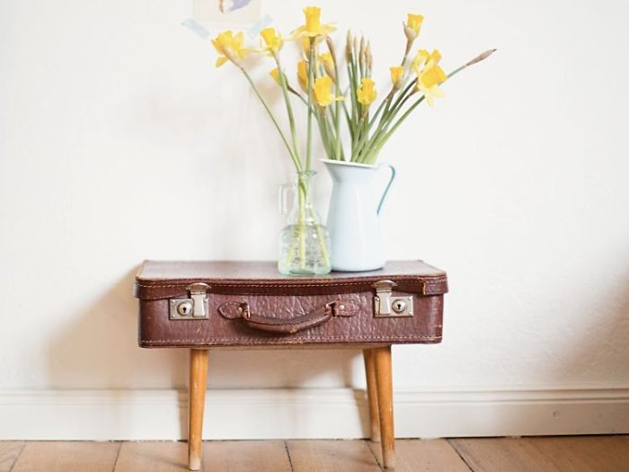 Make A Bedside Table From A Suitcase