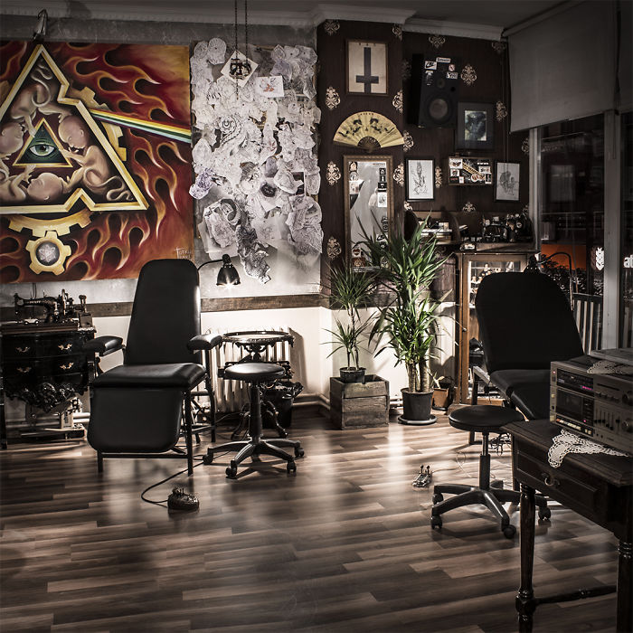 Deeply Bound Up With Their Roots, A True Traditional Tattoo Studio In Istanbul/ Turkey