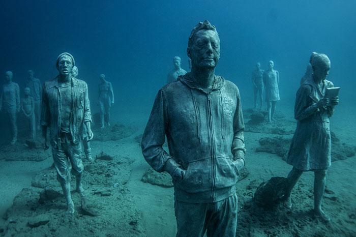 Breathtaking Underwater Museum Turns Ocean Floor Into Art Gallery And Doubles As Artificial Reef