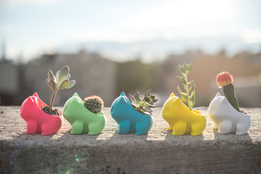 pokemon-bulbasaur-3d-printed-planter-printaworld-3