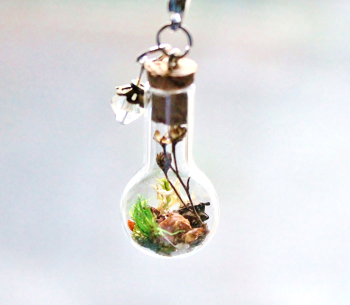 terrarium-necklaces-flower-jewelry-teenytinyplanet-3