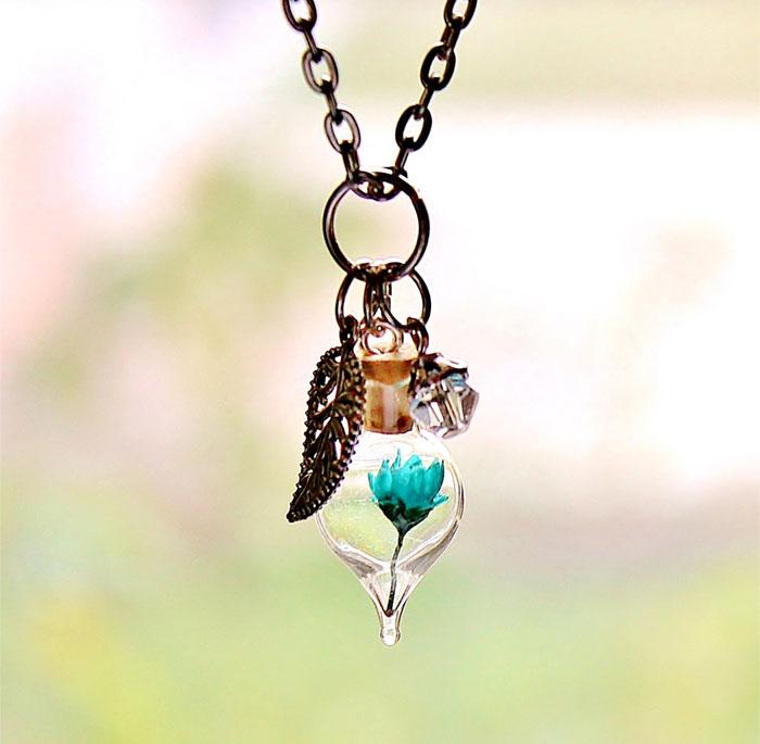 terrarium-necklaces-flower-jewelry-teenytinyplanet-4