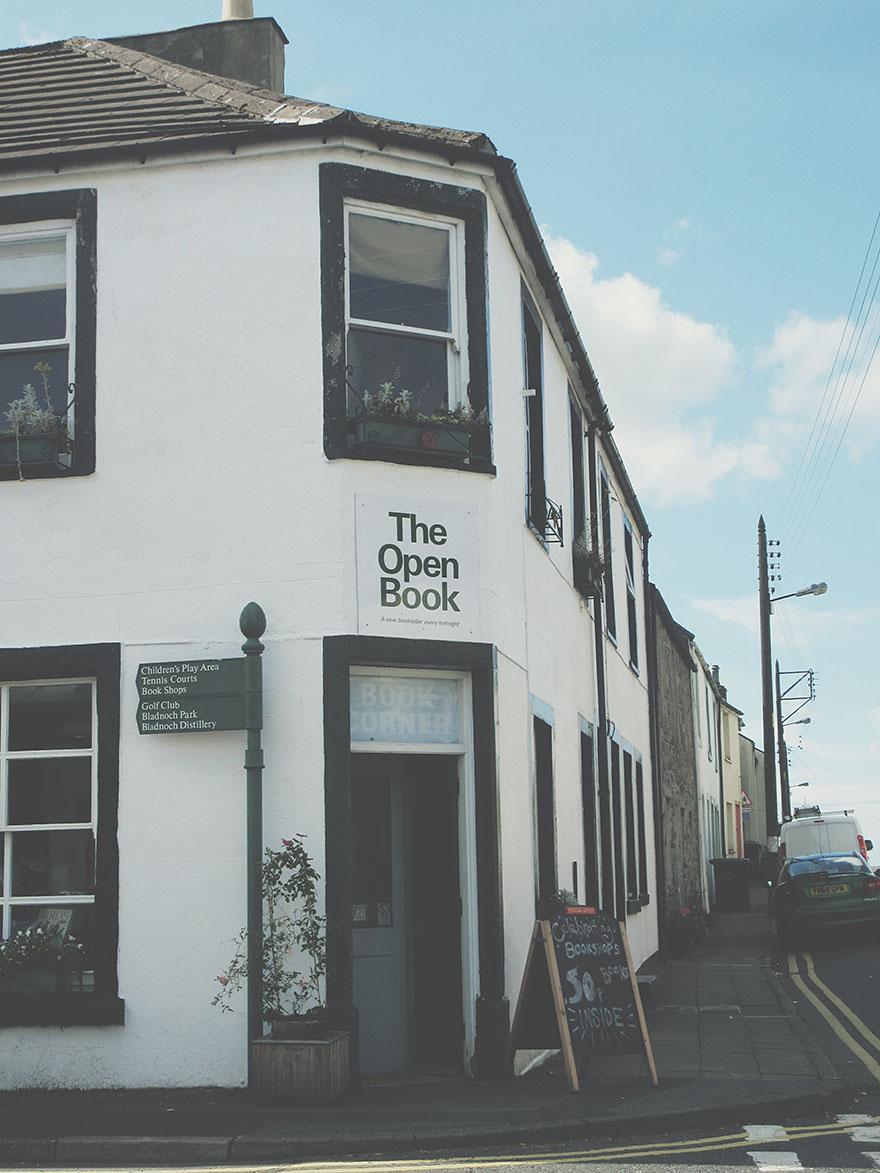the-open-book-airbnb-bookshop-travel-wigtown-scotland-5