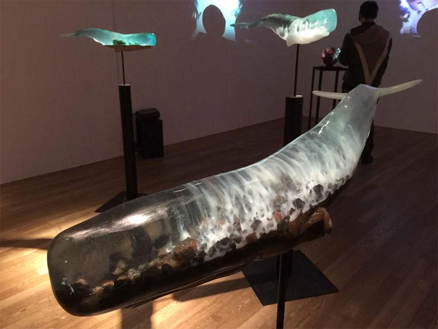 translucent-whale-sculptures-samsara-isana-yamada-11