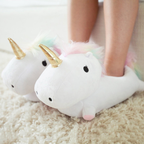 unicorn-slippers-light-up-2
