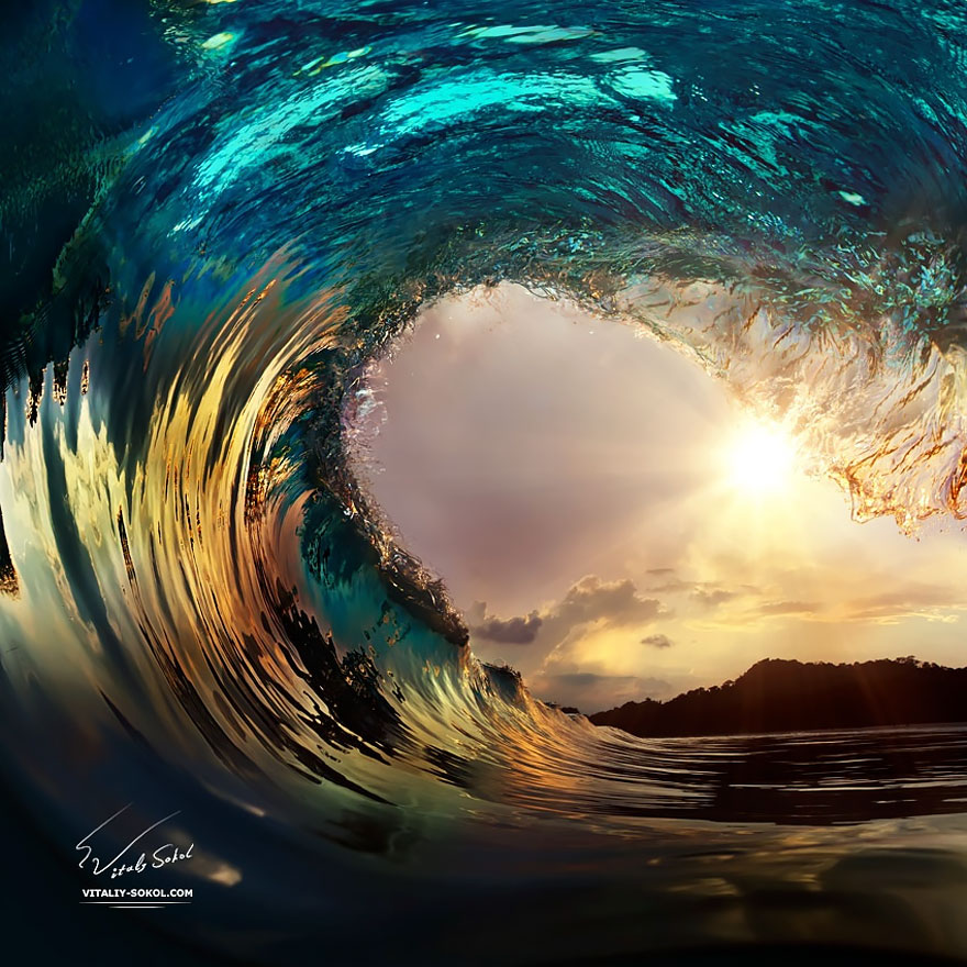 20+ Majestic Wave Photos That Capture The Beauty Of ...