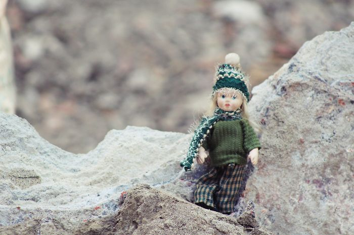 This Key-ring Doll Just Started Its Modelling Career & I'm Her Photographer