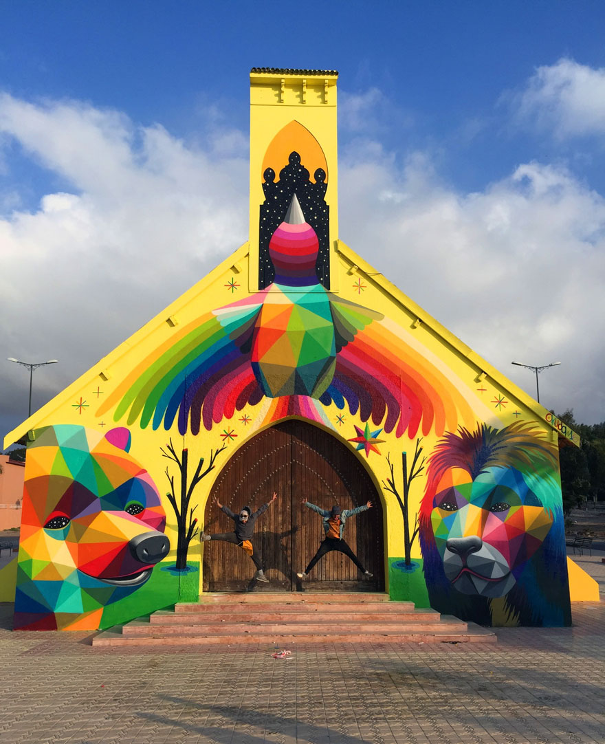 abandoned-church-painted-urban-street-art-okuda-san-miguel-morocco-8