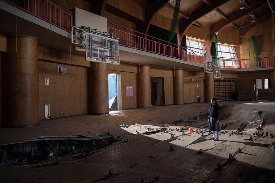 after-fukushima-invisible-contamination-ghost-town-carlos-ayesta-17