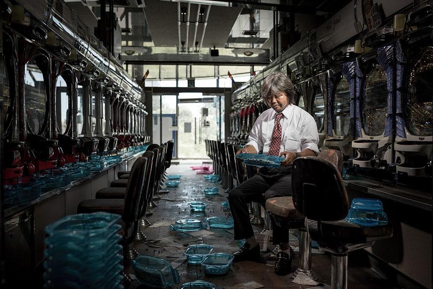 after-fukushima-invisible-contamination-ghost-town-carlos-ayesta-2