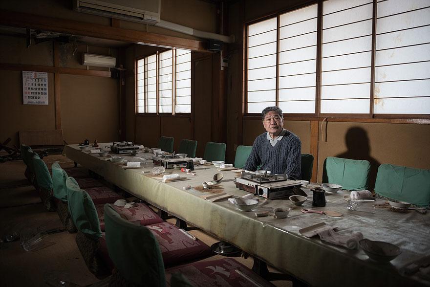 after-fukushima-invisible-contamination-ghost-town-carlos-ayesta-5