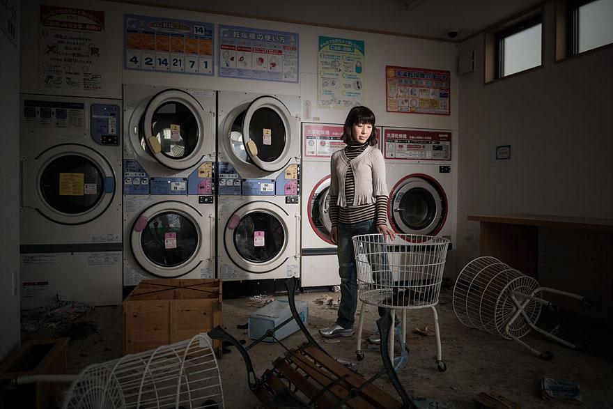 after-fukushima-invisible-contamination-ghost-town-carlos-ayesta-9