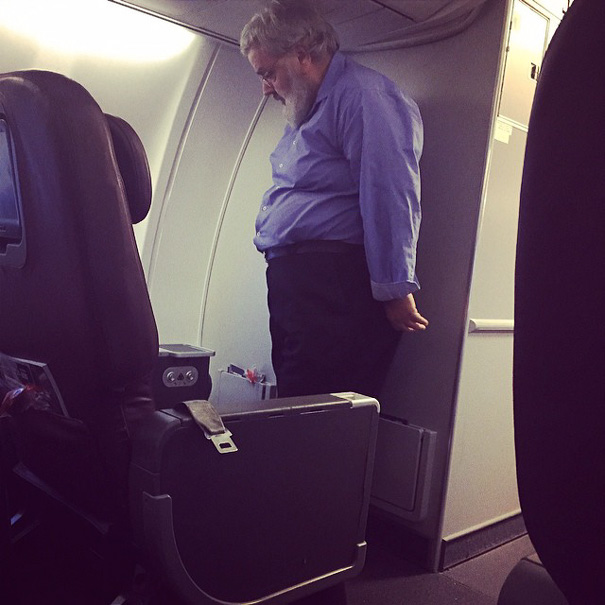 This Modest Person Refused To Take His Seat Because They Didn't Have Any Orange Juice In Business Class, Just Apple